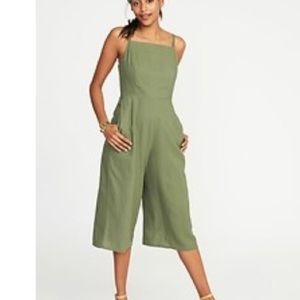 Olive green linen old navy jumpsuit sz small